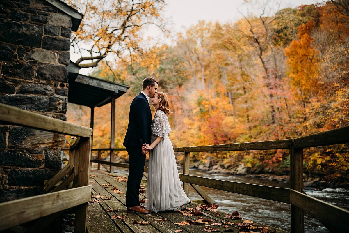 fall-hagley-museum-wedding-wilmington-delaware-rebecca-renner-photography_0024