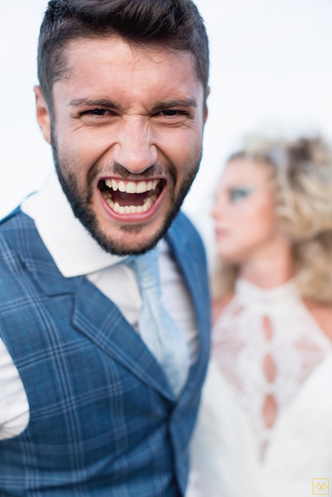 Amedezal-wedding-photographe-mariage-lyon-inspiration-Formentera-robe-Gervy-surmon31-alliances-Antipodes-MonTrucenBulle-PauletteDerive-fun-time-mode-homme