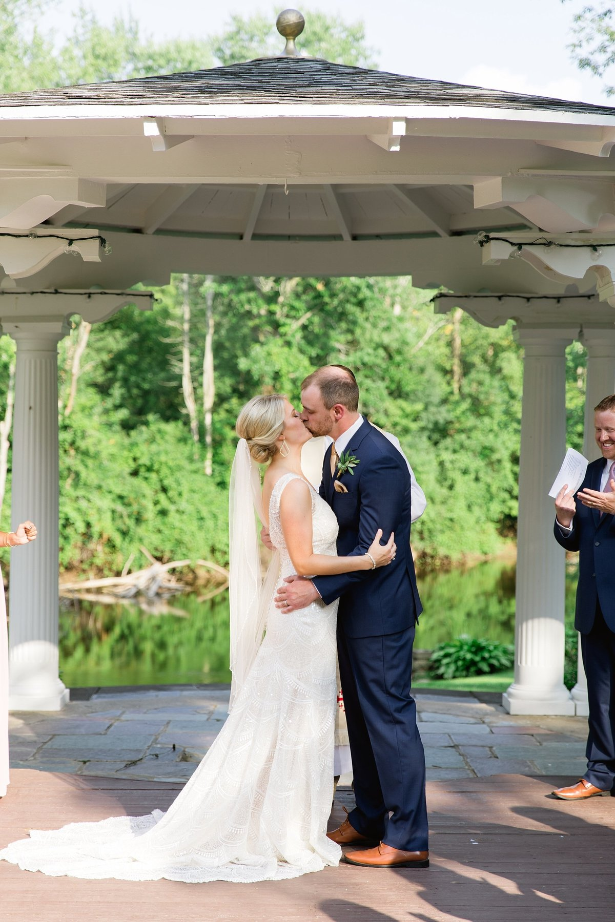 Julie-Barry-English-Inn-Summer-Garden-Wedding-Michigan-Breanne-Rochelle-Photography62