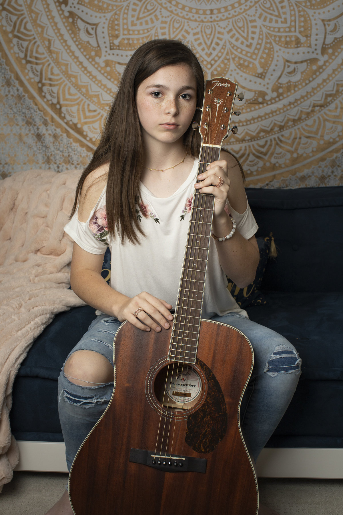 teen_photographer_perry_georgia_jlfarmer_guitar3