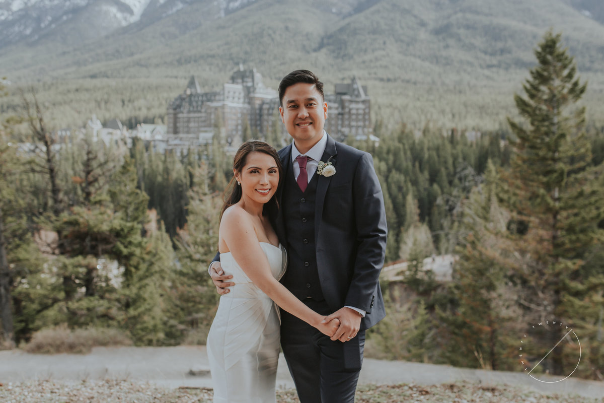 Banff wedding pictures at Surprise Corner overlooking Fairmont Banff Springs