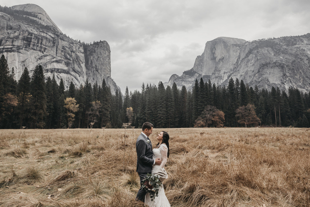 athena-and-camron-how-to-elope-in-yosemite-valley-lower-valley-woods15