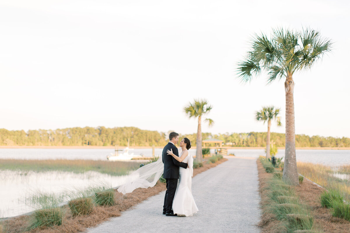 Powell_Oldfield_River_Club_Bluffton_South_Carolina_Beaufort_Savannah_Wedding_Jacksonville_Florida_Devon_Donnahoo_Photography_0938