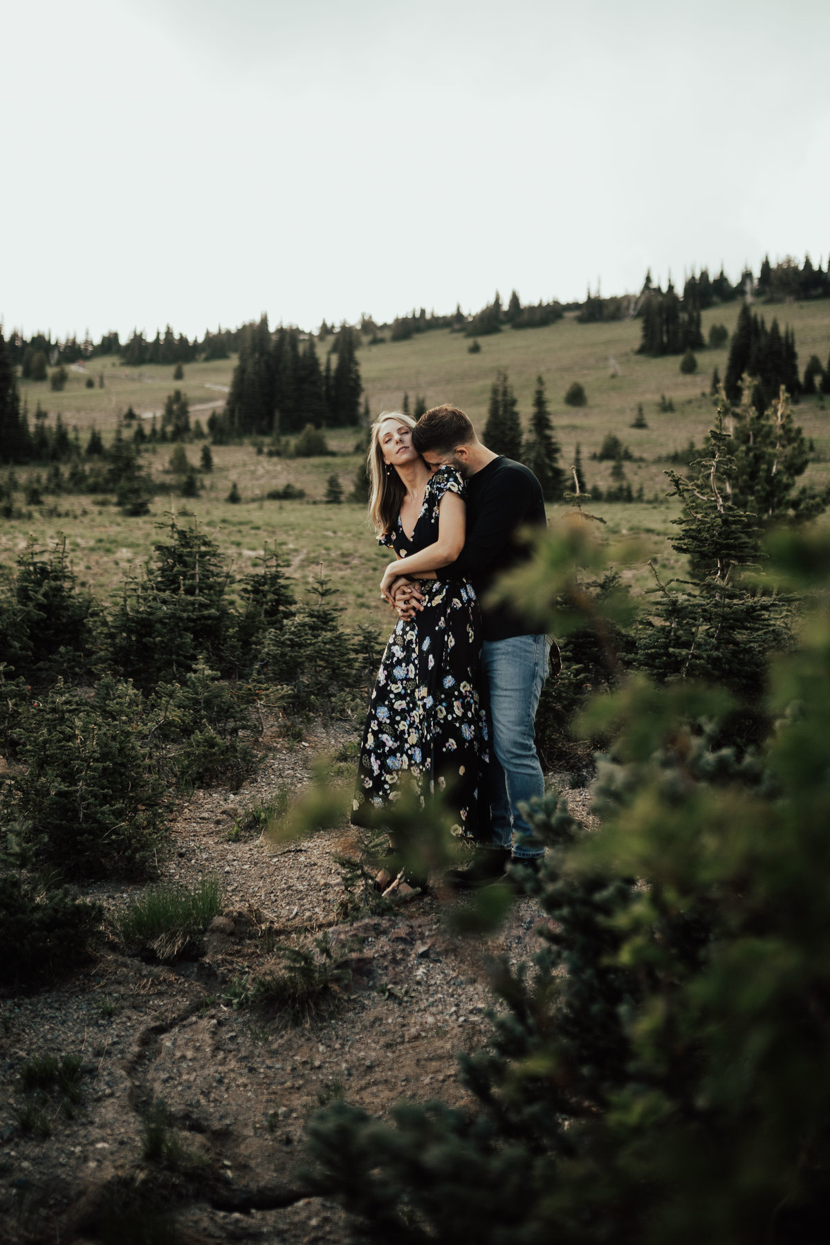 Marnie_Cornell_Photography_Engagement_Mount_Rainier_RK-45
