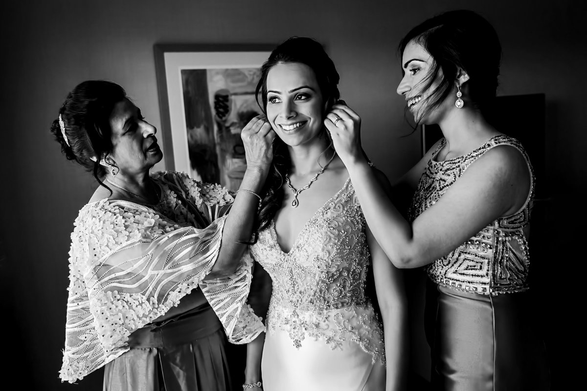 030-hotel-irvine-wedding-photos-sugandha-farzan