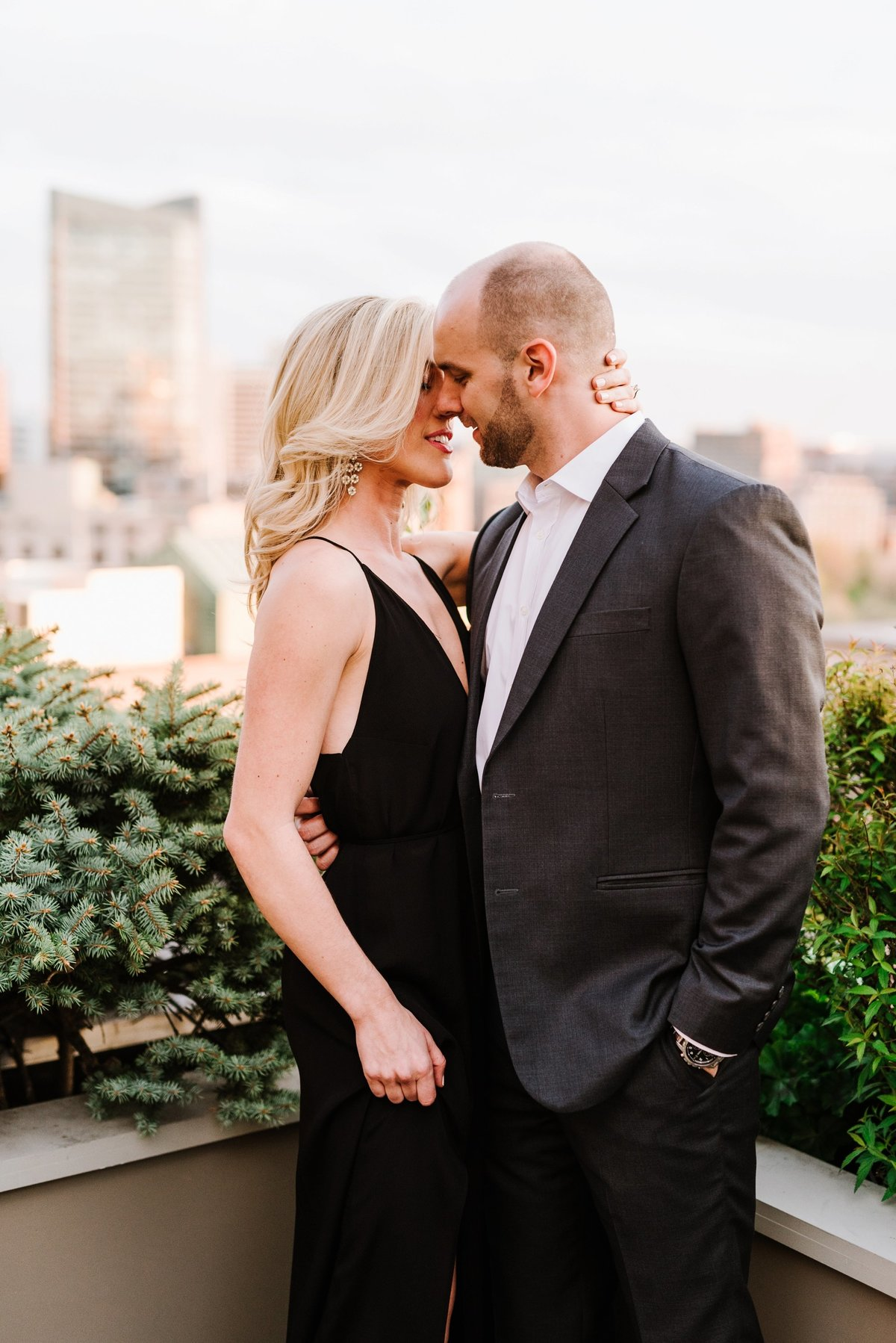 seaport-district-beacon-hill-engagement-session-boston-wedding-photographer-photo_0020
