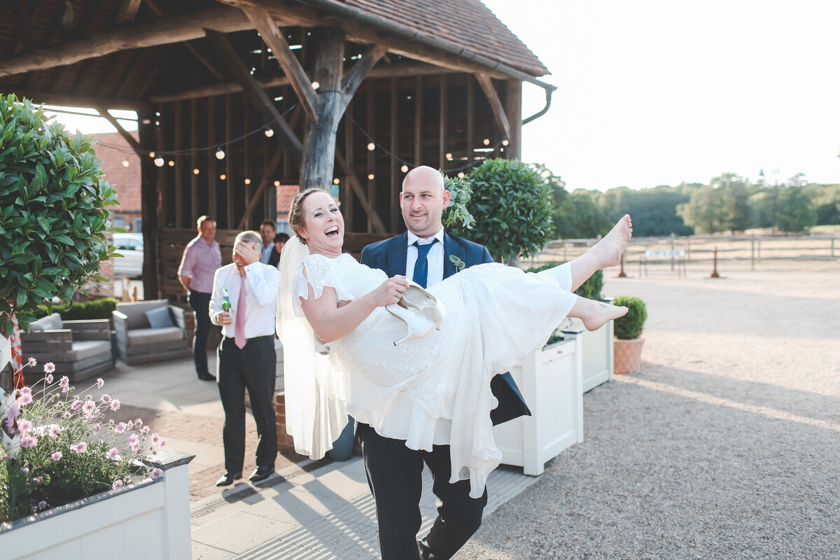 GAYNES-PARK-BARN-WEDDING-ESSEX-0065