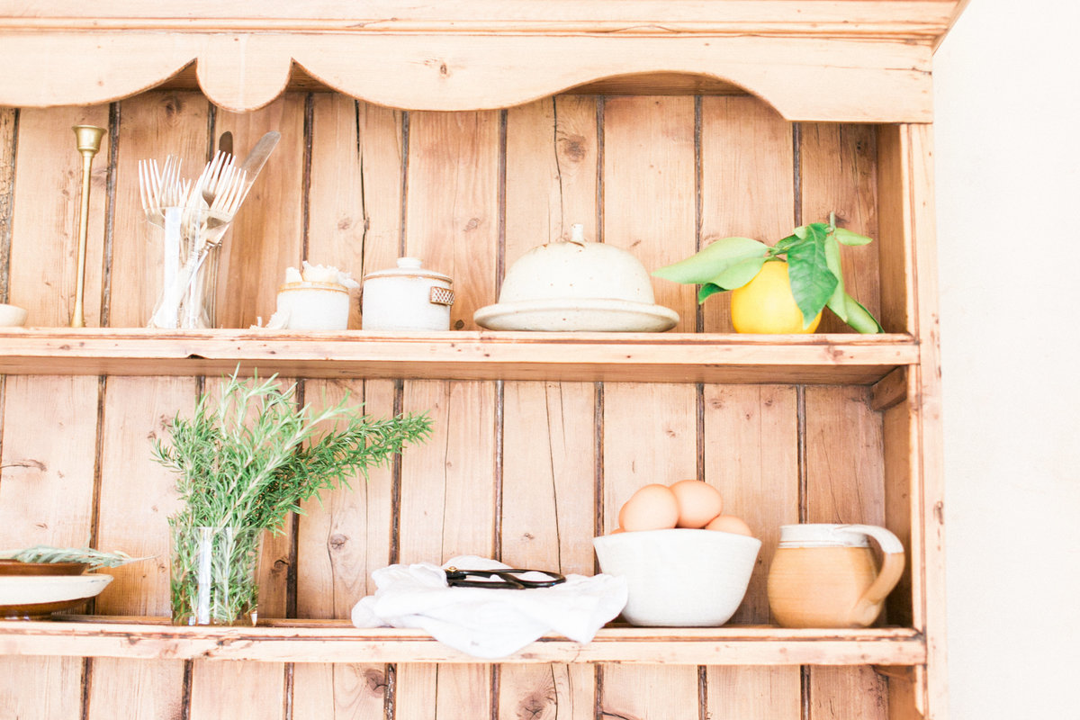 California Wine Country Lifestyle Kitchen Shelves