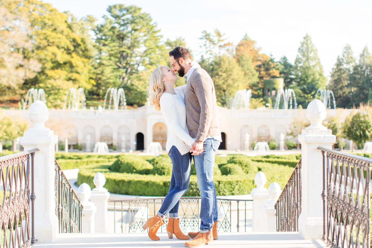Fall_Longwood_Gardens_Engagement_Session-36