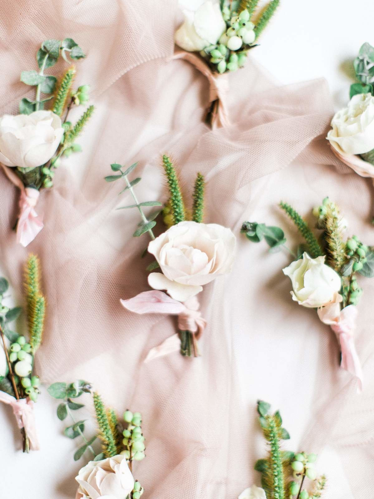 blush-wedding-flowers