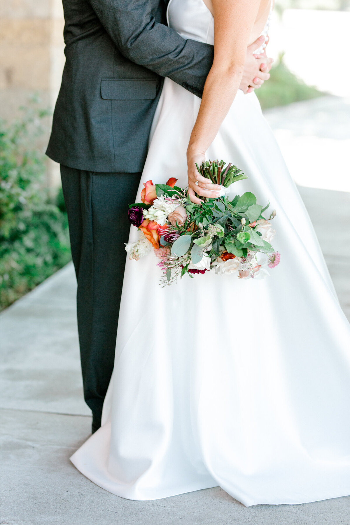 Kaylee & Michael's Wedding at Watermark Community Church | Dallas Wedding Photographer | Sami Kathryn Photography-46