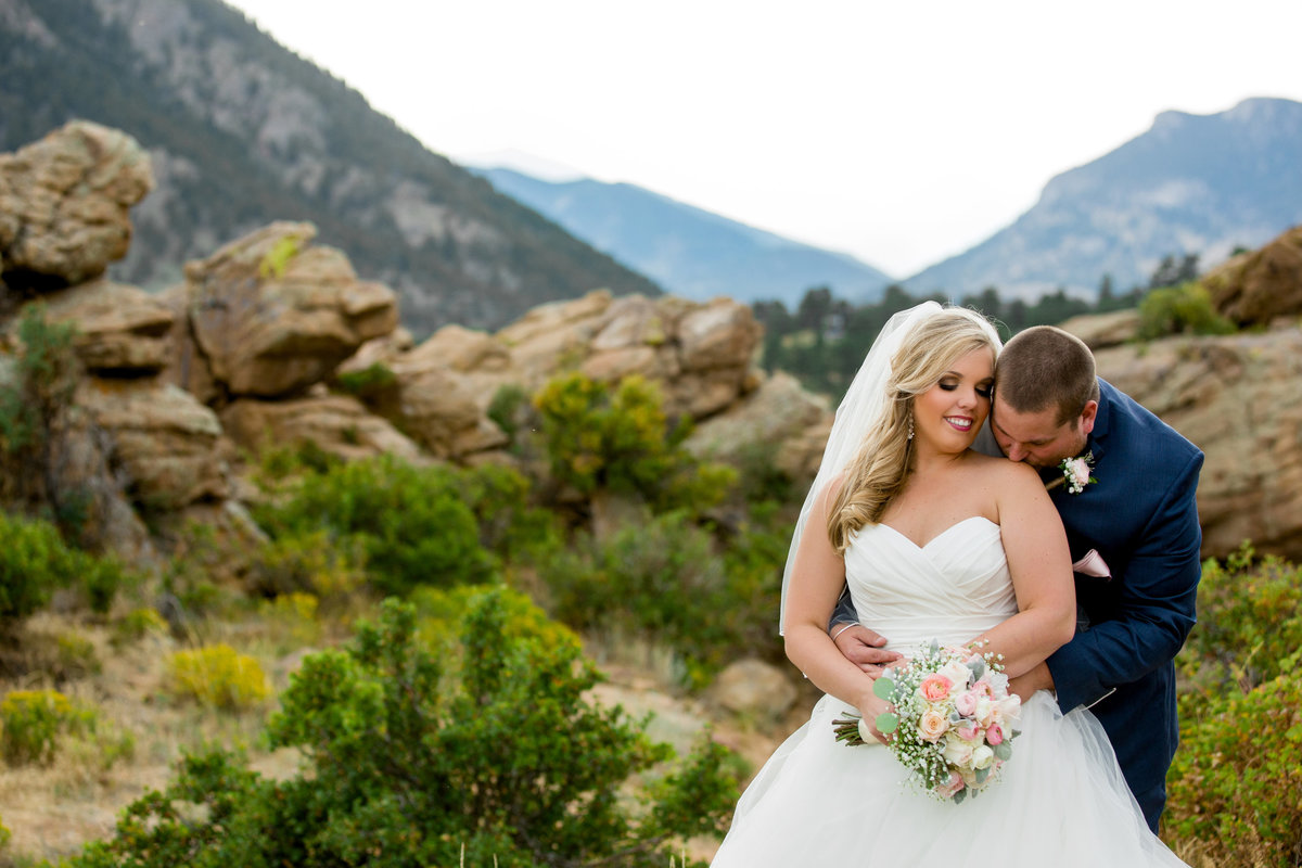 marys-lake-lodge-wedding-photos