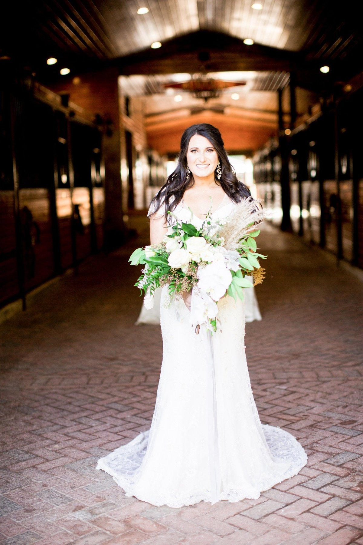 Windwood_Equestrian_Weddings__birmingham_Alabama_bride_outddor_farm_venue294