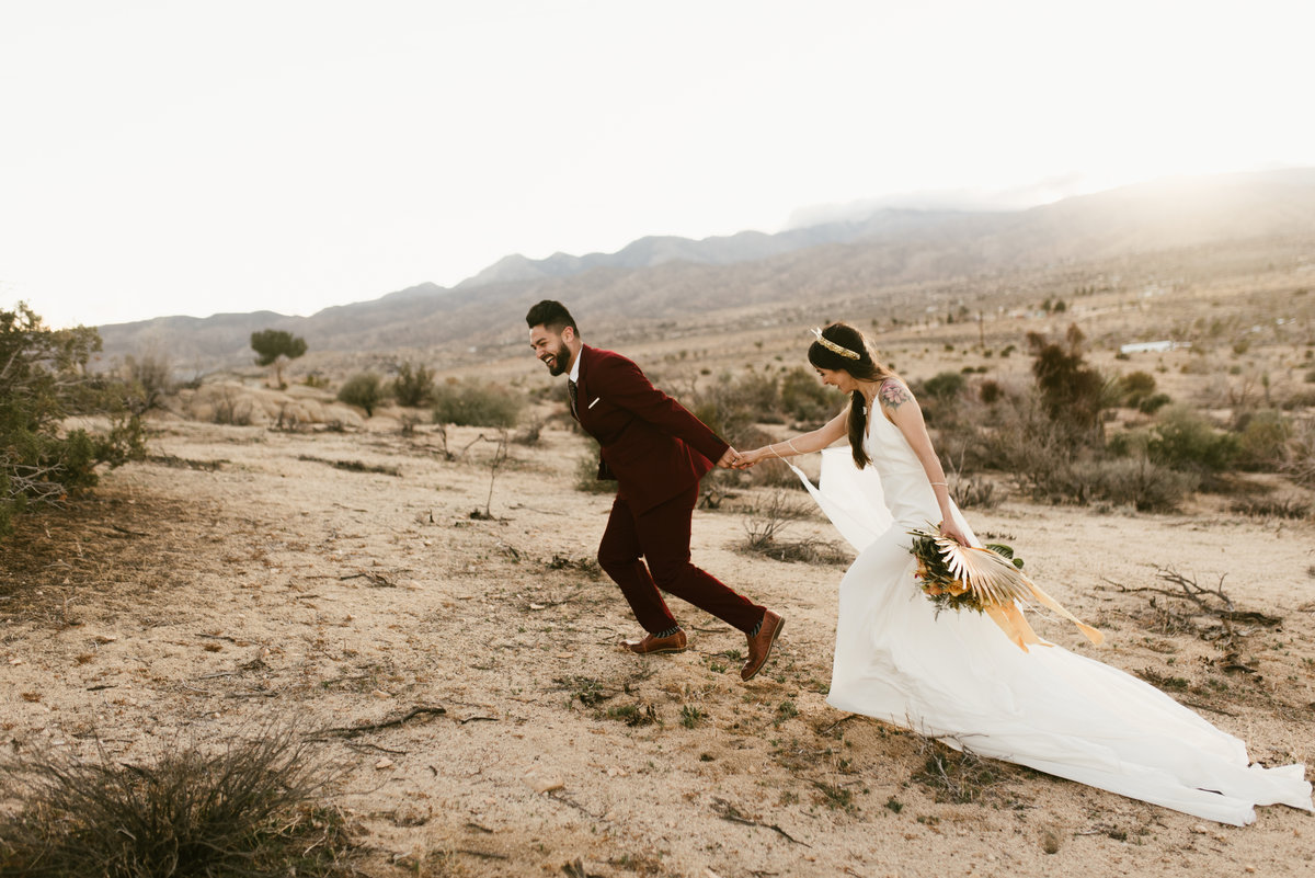joshua-tree-california-bridal-session-elopement-wedding-photographer-34