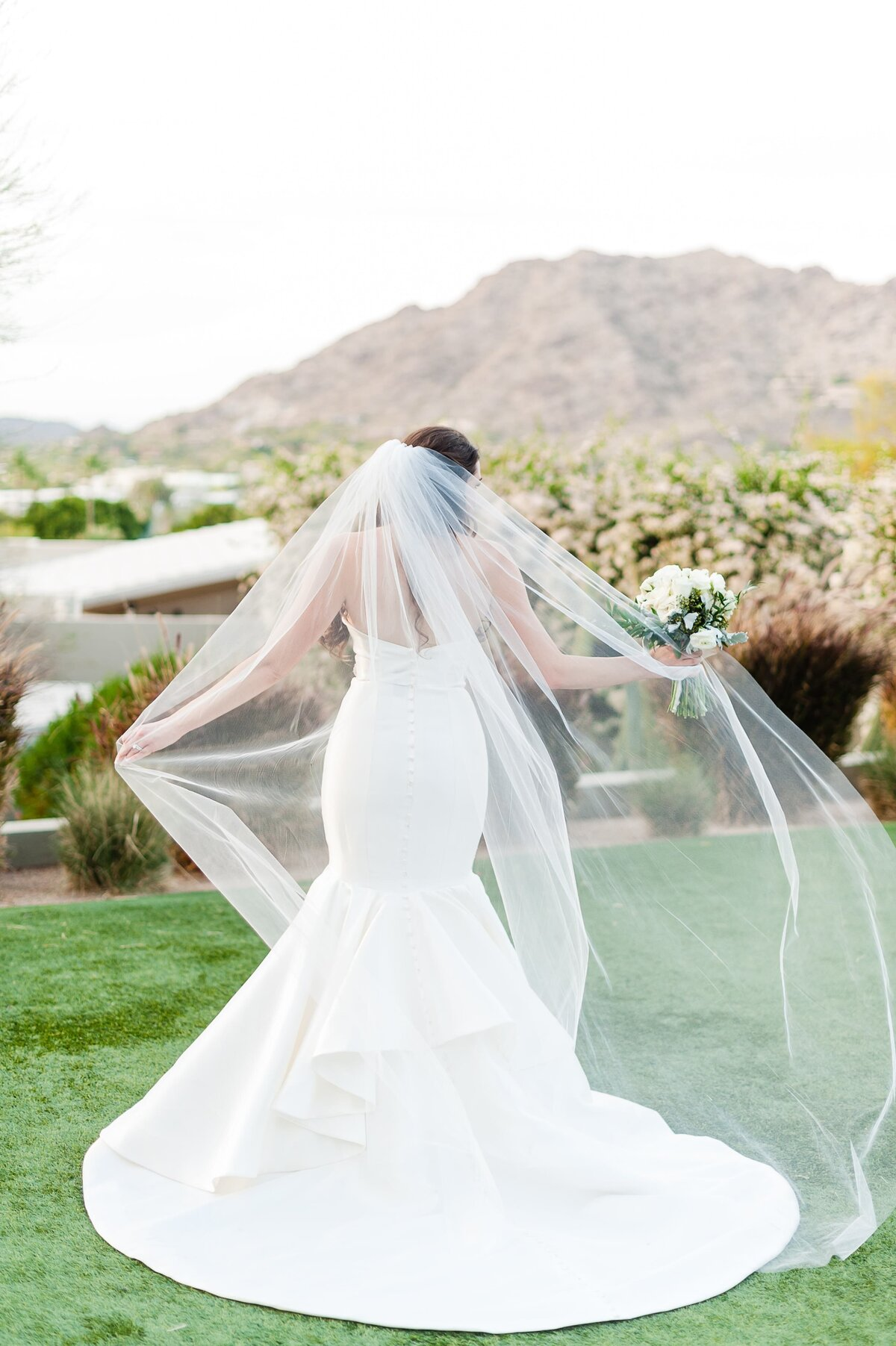Sanctuary-on-Camelback-Wedding-by-Leslie-Ann-Photography-00057