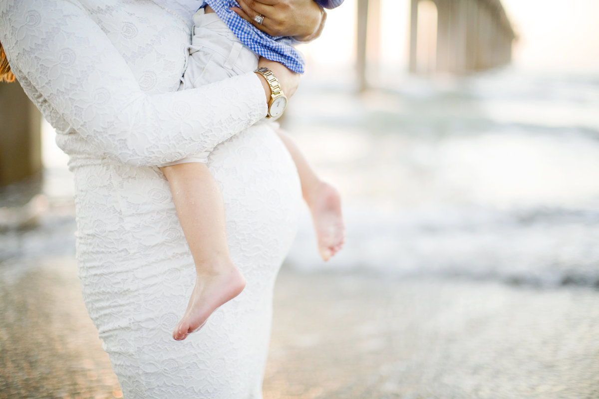 Katherine_beth_photography_san_diego_photographer_san_diego_family_photographer_scripps_Pier_San_Diego_maternity_photographer_005