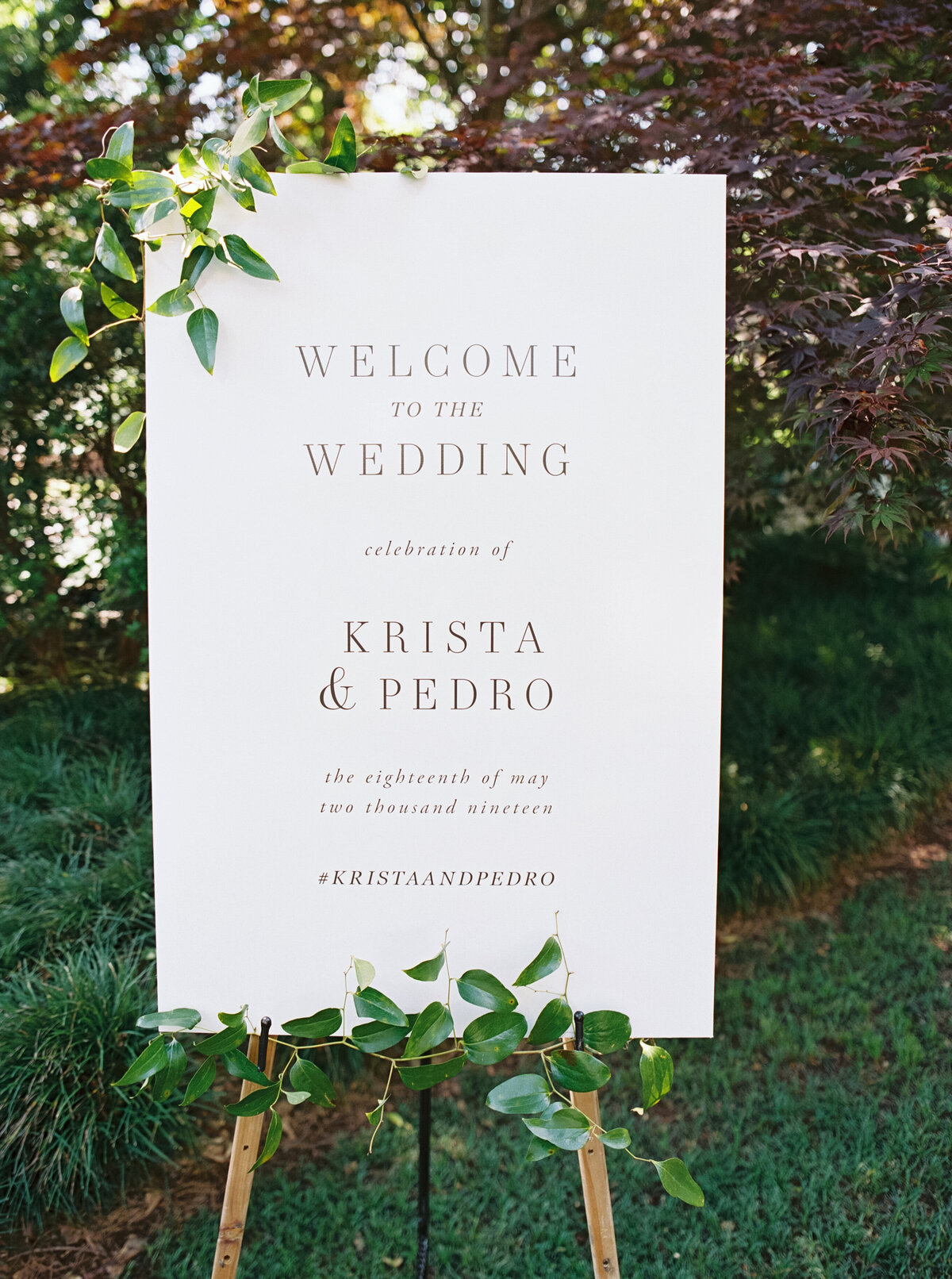 1_AOP_Krista+Pedro_FoundersGardenWedding-641