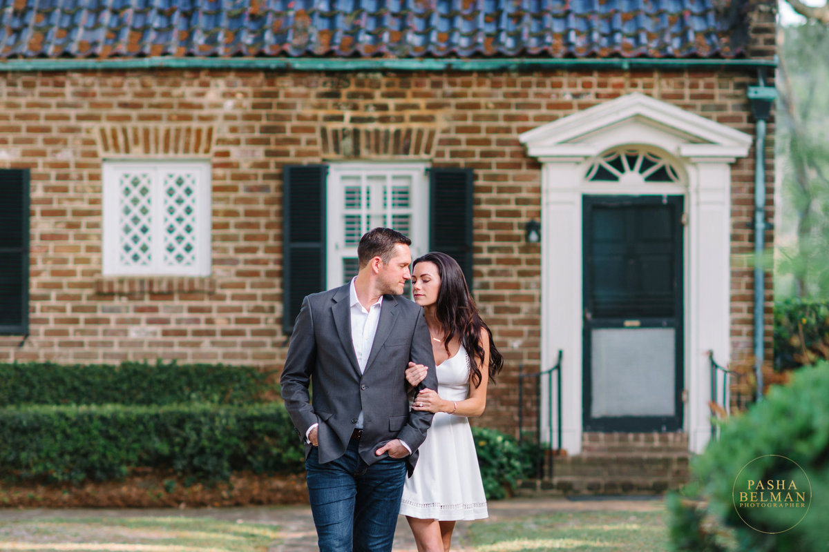 Charleston Engagement Photography | Engagement Pictures in Charleston | Engagement Portraits by Pasha Belman Photographer-13