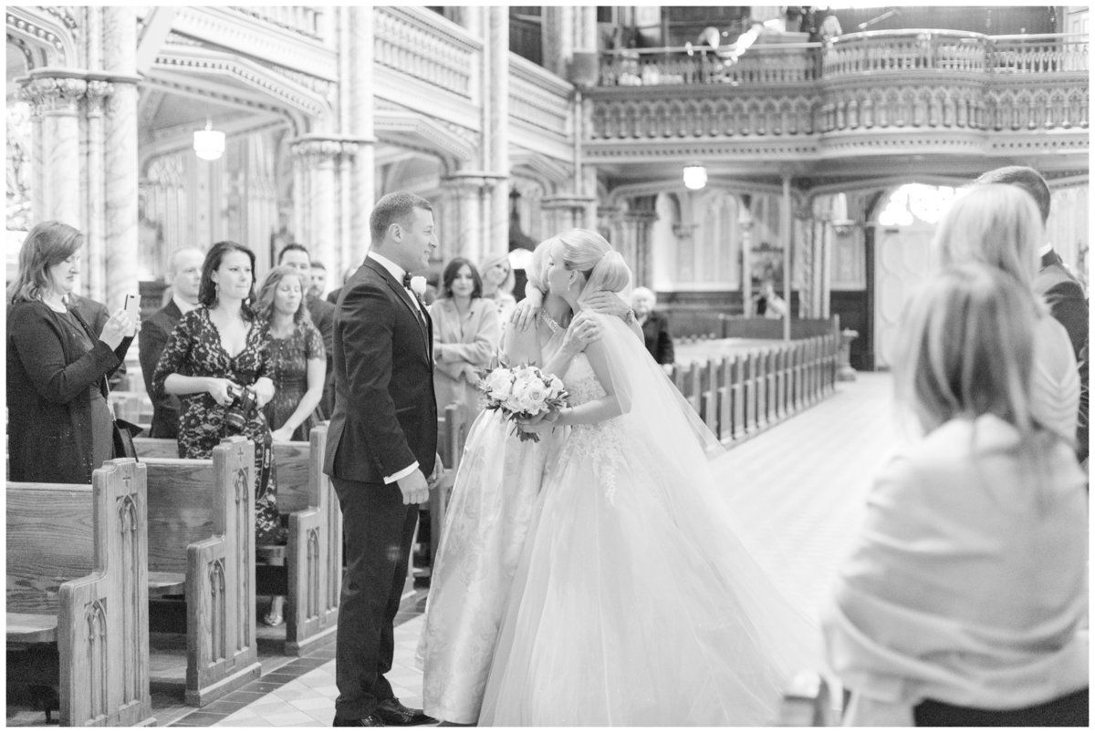 Light-and-Airy-Ottawa-Wedding-Photographer-Notre-Dame-Cathedral-Basilica-Wedding-Ceremony