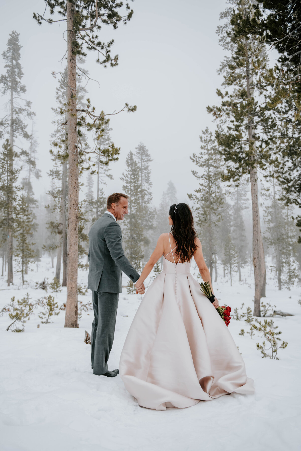 mt-bachelor-snow-winter-elopement-bend-oregon-wedding-photographer-2380