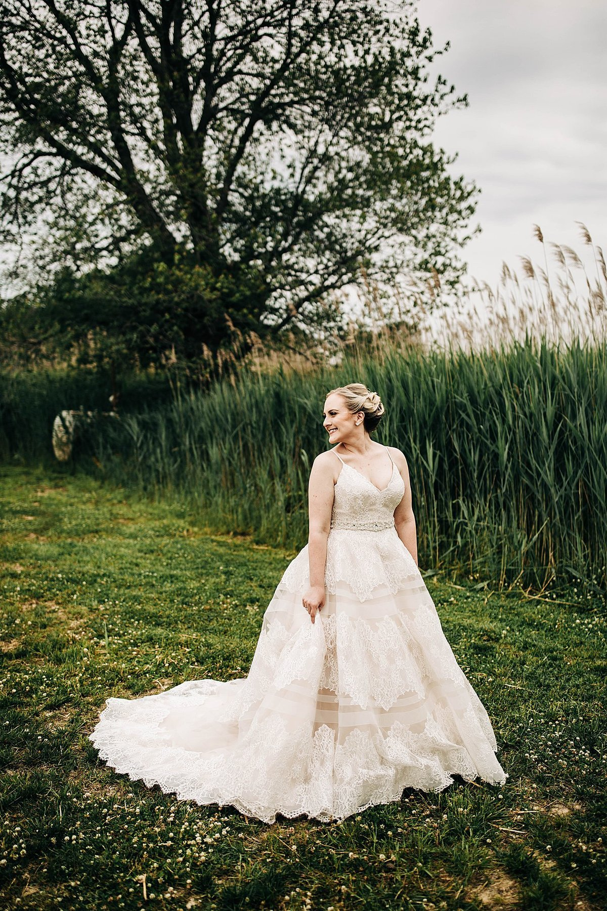 spring-wedding-thousand-acre-farm-delaware-rebecca-renner-photography_0036