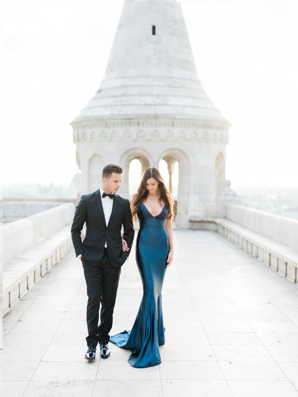 Rachael+Tyson_Budapest_MichelleWeverPhotography-2-1