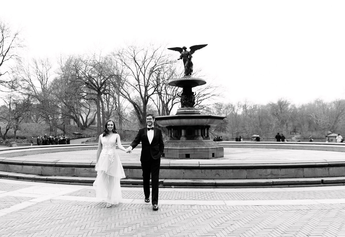 Central_Park_Engagement_Adrienne_Peter_Engagement_1090_1