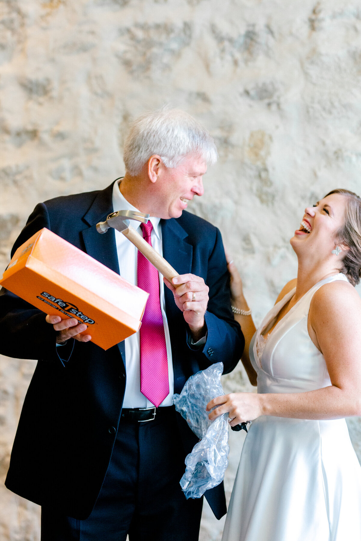 Kaylee & Michael's Wedding at Watermark Community Church | Dallas Wedding Photographer | Sami Kathryn Photography-34
