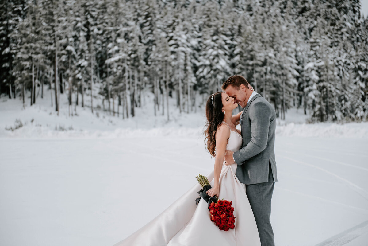 mt-bachelor-snow-winter-elopement-bend-oregon-wedding-photographer-2104
