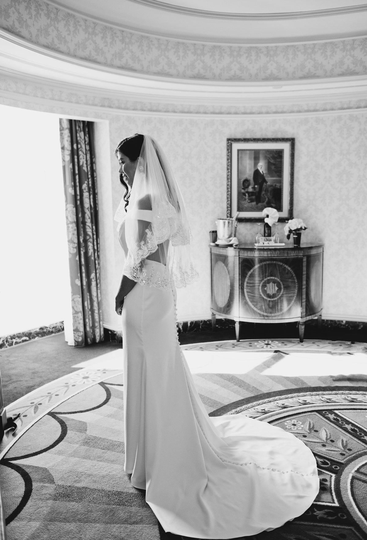 washington-dc-black-and-white-bride-portrait-wedding-dress