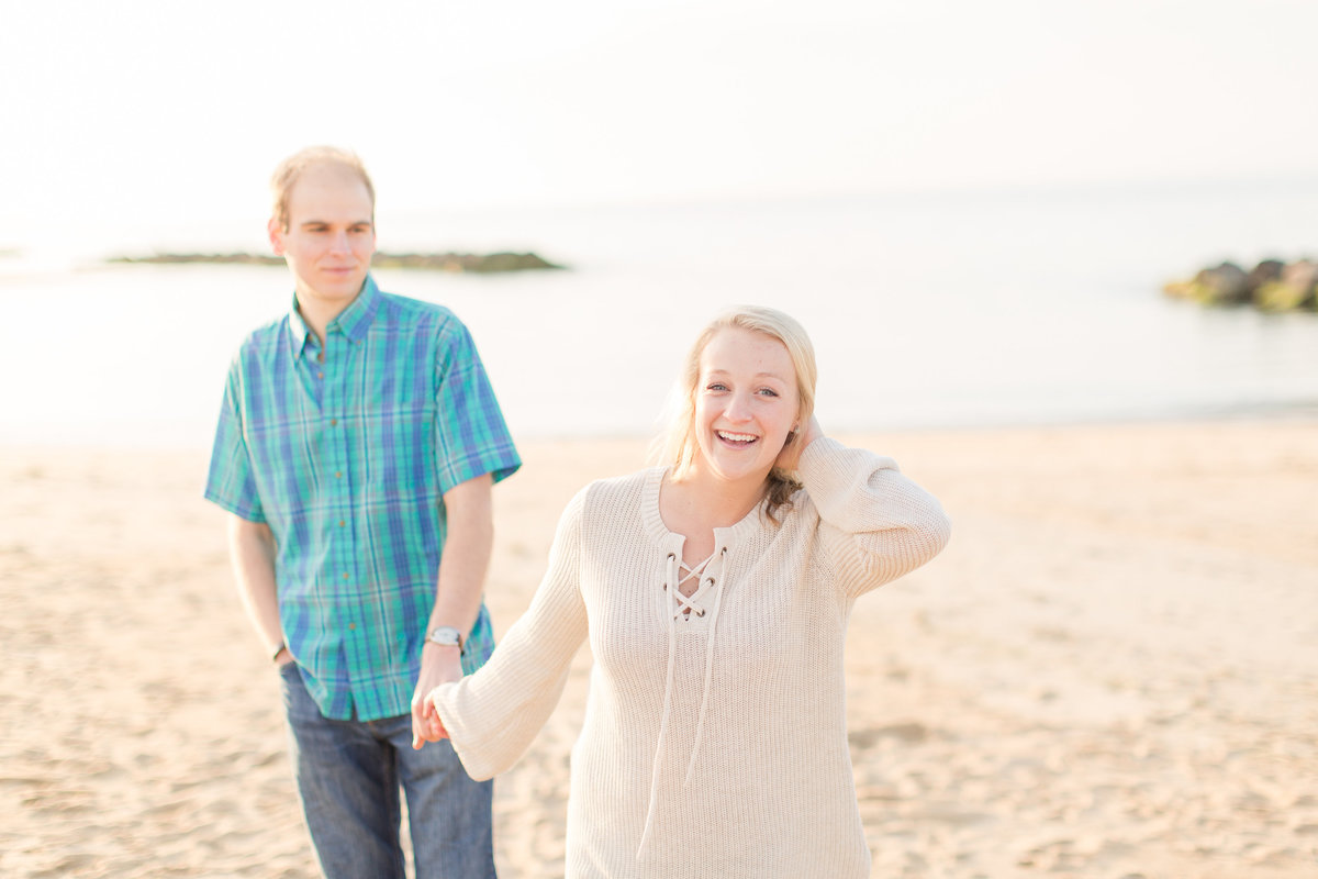 engagement pictures in Ocean View  beach in Norfolk