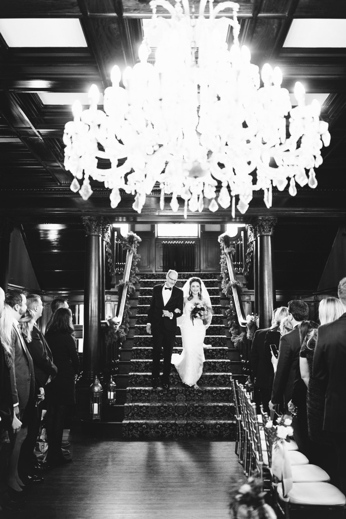 semple-mansion-february-winter-minneapolis-wedding-36