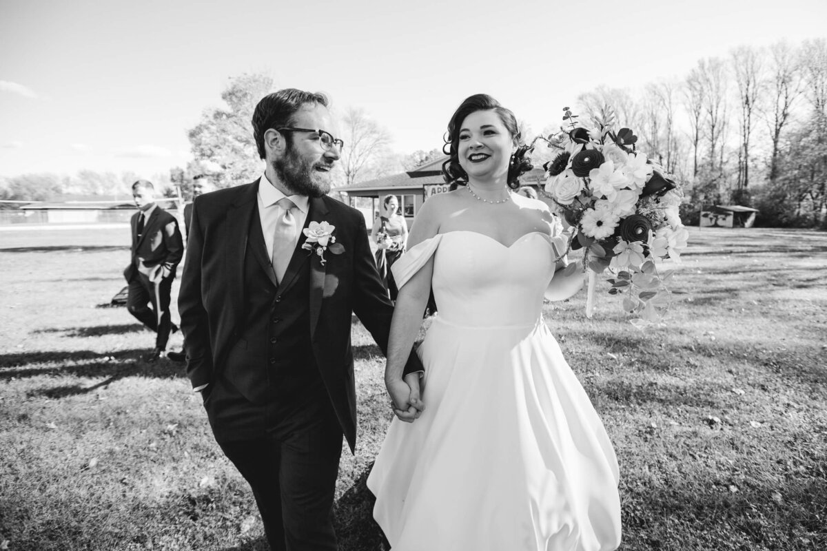 AppelFarmRusticNJWedding_GenPalmerPhotography_031