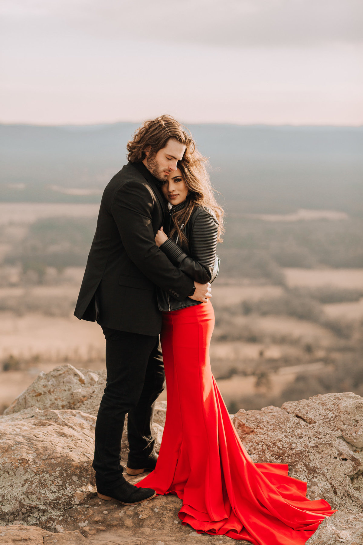 fernanda-and-great-petit-jean-state-park-arkansas-adventerous-couples-engagement-session-35