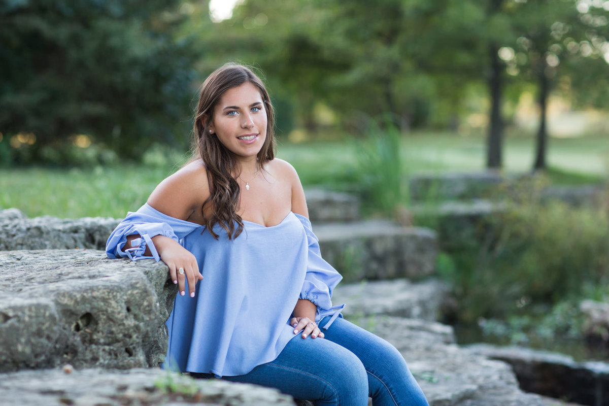 L Photographie senior photos Forest Park Tower Grove Park Queeny Park Lafayette Park 49