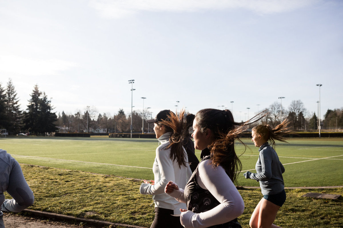 oiselle-track-trio-greenlake-danielle-motif-photography-80