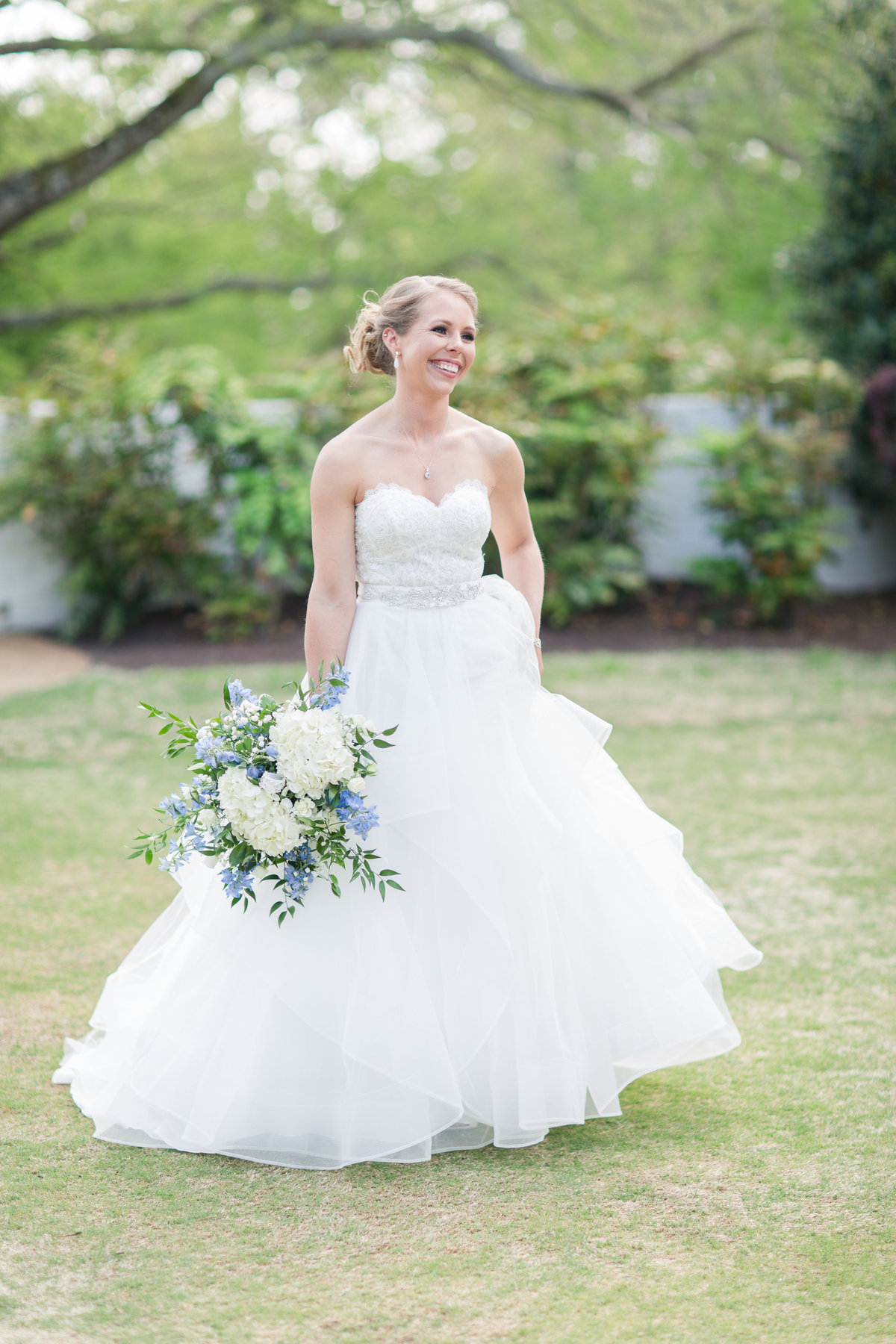 beautiful spring bride smiling at James River Country Club Wedding