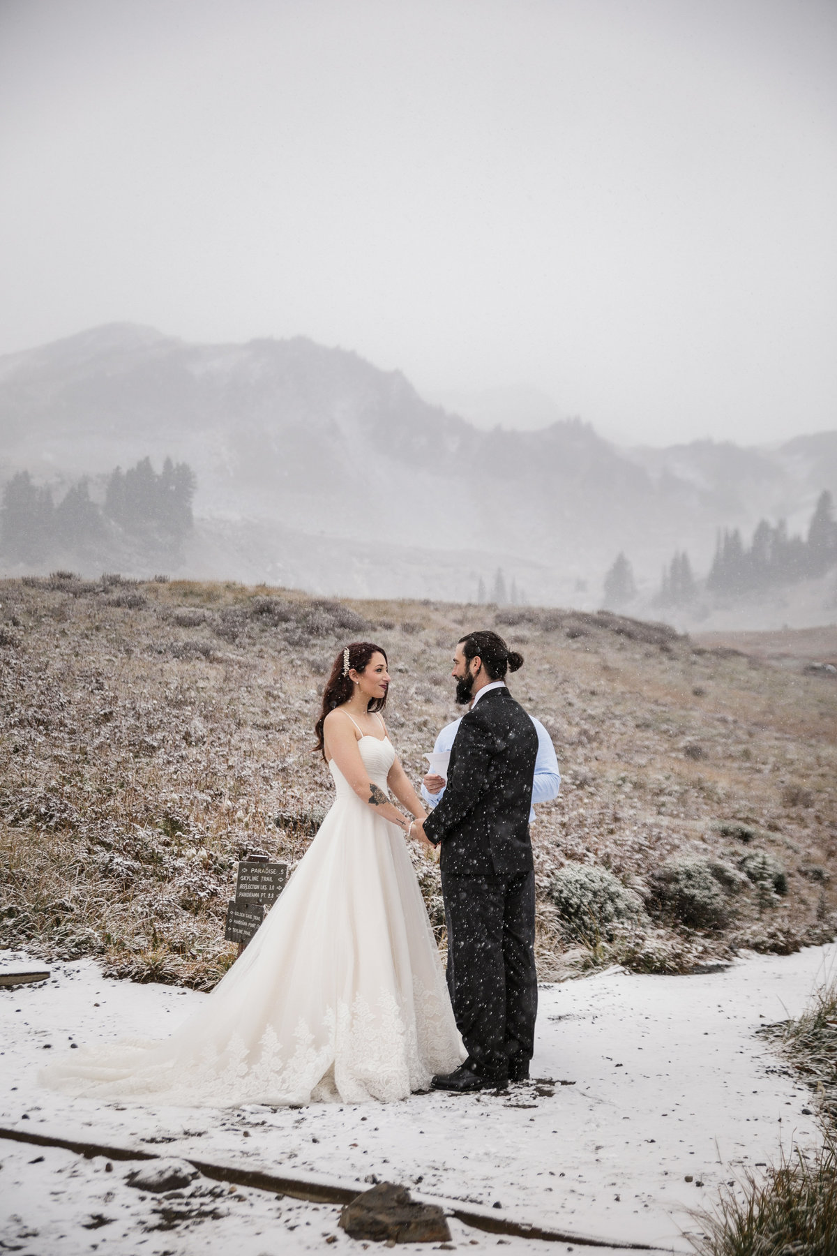 Mount-Rainier-Adventure-Elopement-58