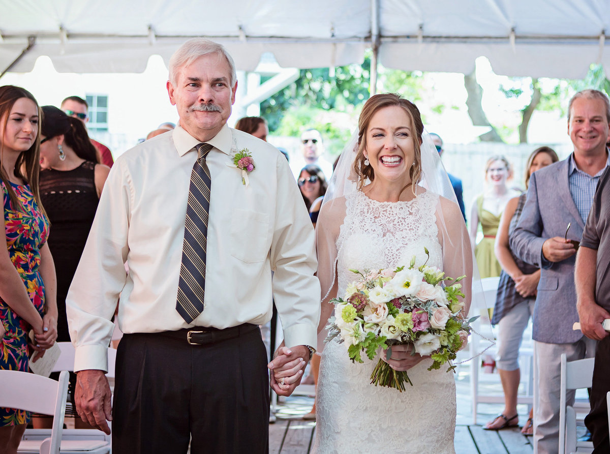 bride-and-dad-walking-down-the-aisle