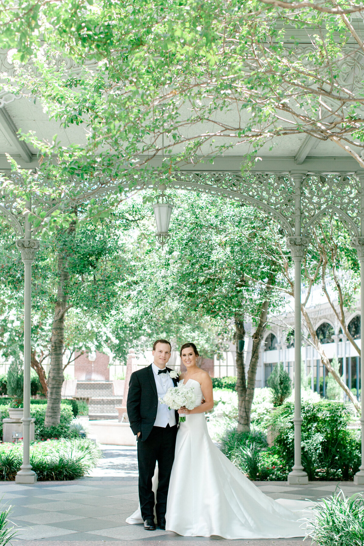 Wedding at the Crescent Court Hotel and Highland Park United Methodist Church in Dallas | Sami Kathryn Photography | DFW Wedding Photographer-1
