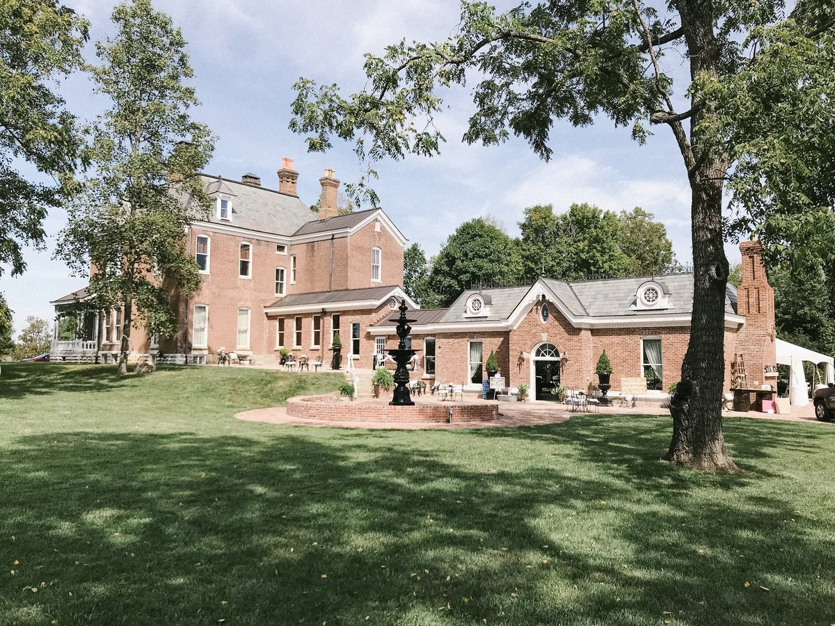 Lynwood Estate - Luxury Kentucky Wedding Venue - Richmond, Kentucky 00017