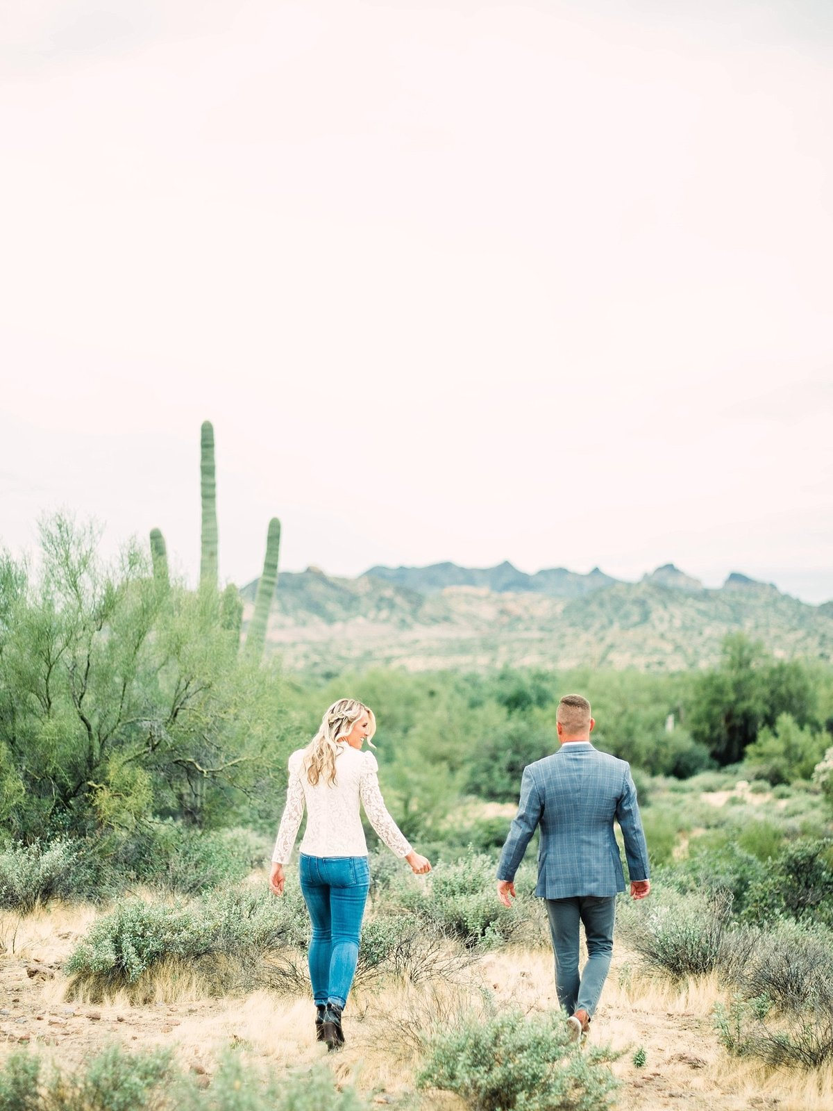scottsdale-arizona-wedding-photographer-engagement-desert_0053