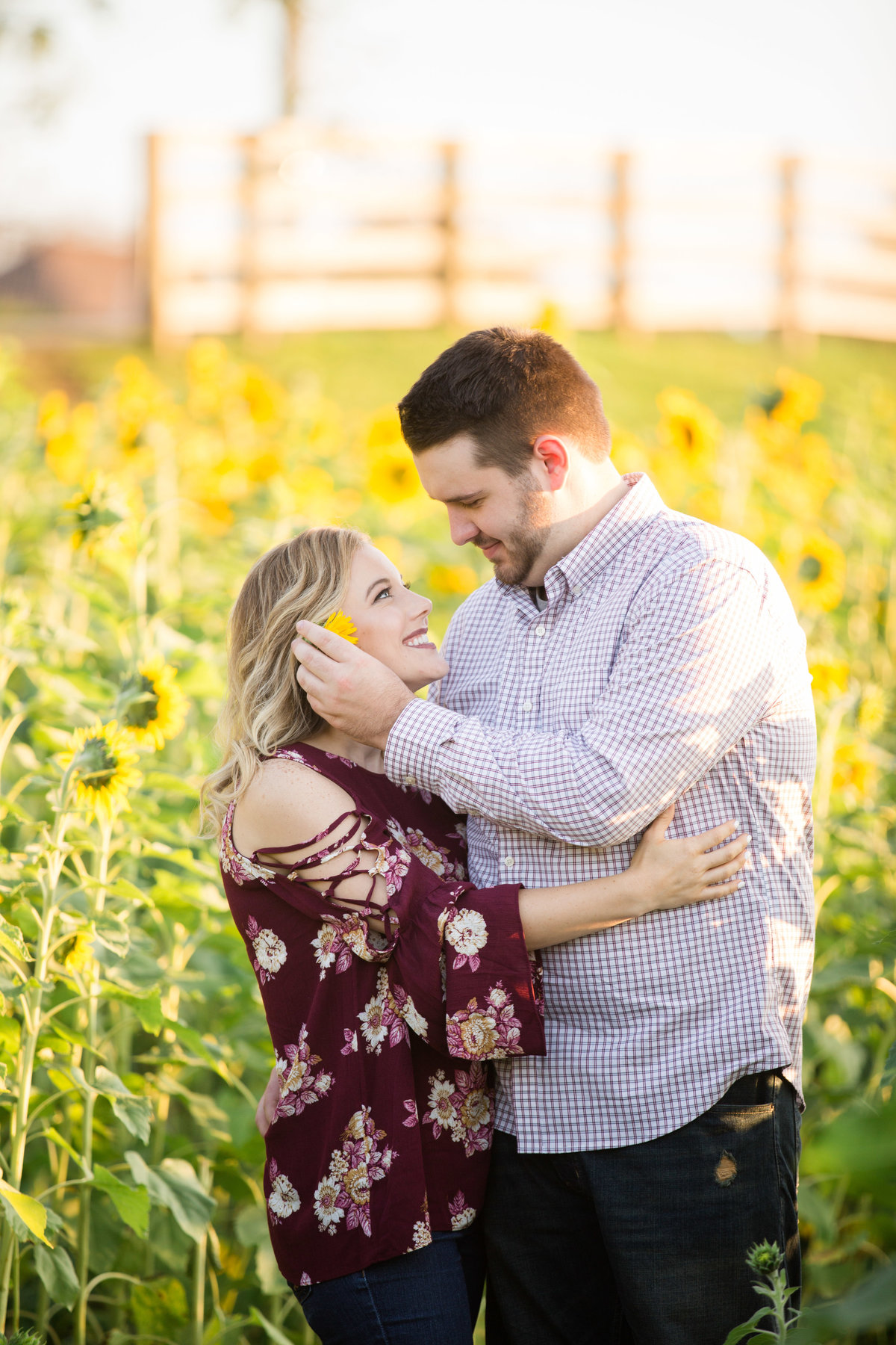 katelin-and-drew-engagement-final1-sunflowers-2017-161