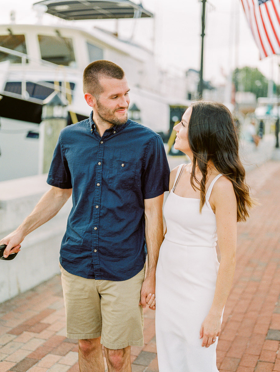 Downtown_Annapolis_Engagement_Session_Megan_Harris_Photography-33