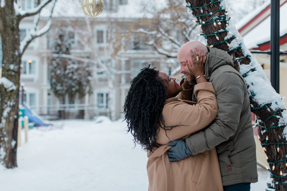 tremblant-winter-mountainside-engagement-session-grey-loft-studio-tremblant-village-184