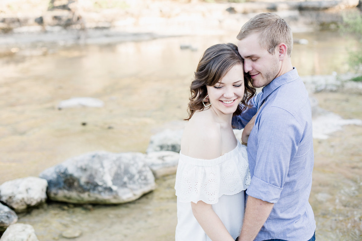New-Braunfels-Engagement-Photos-3