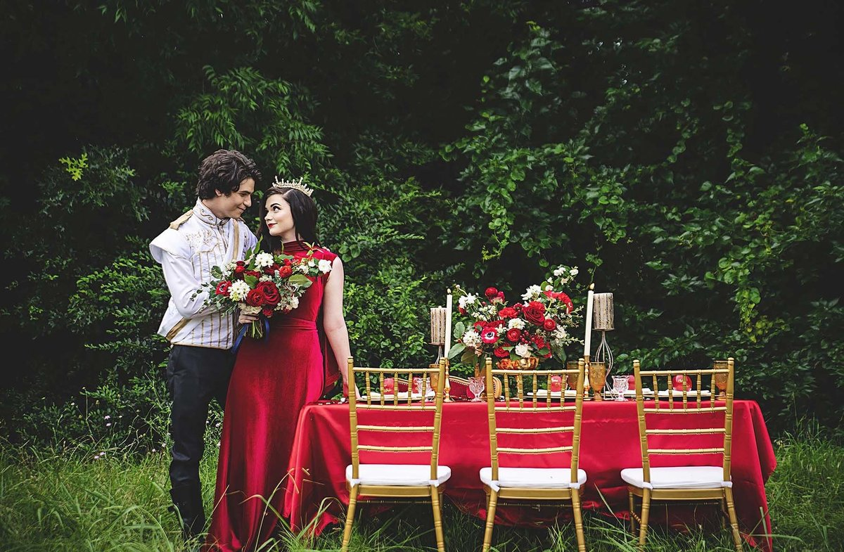 Snow White & Prince Charming - Disney inspired bridal shoot