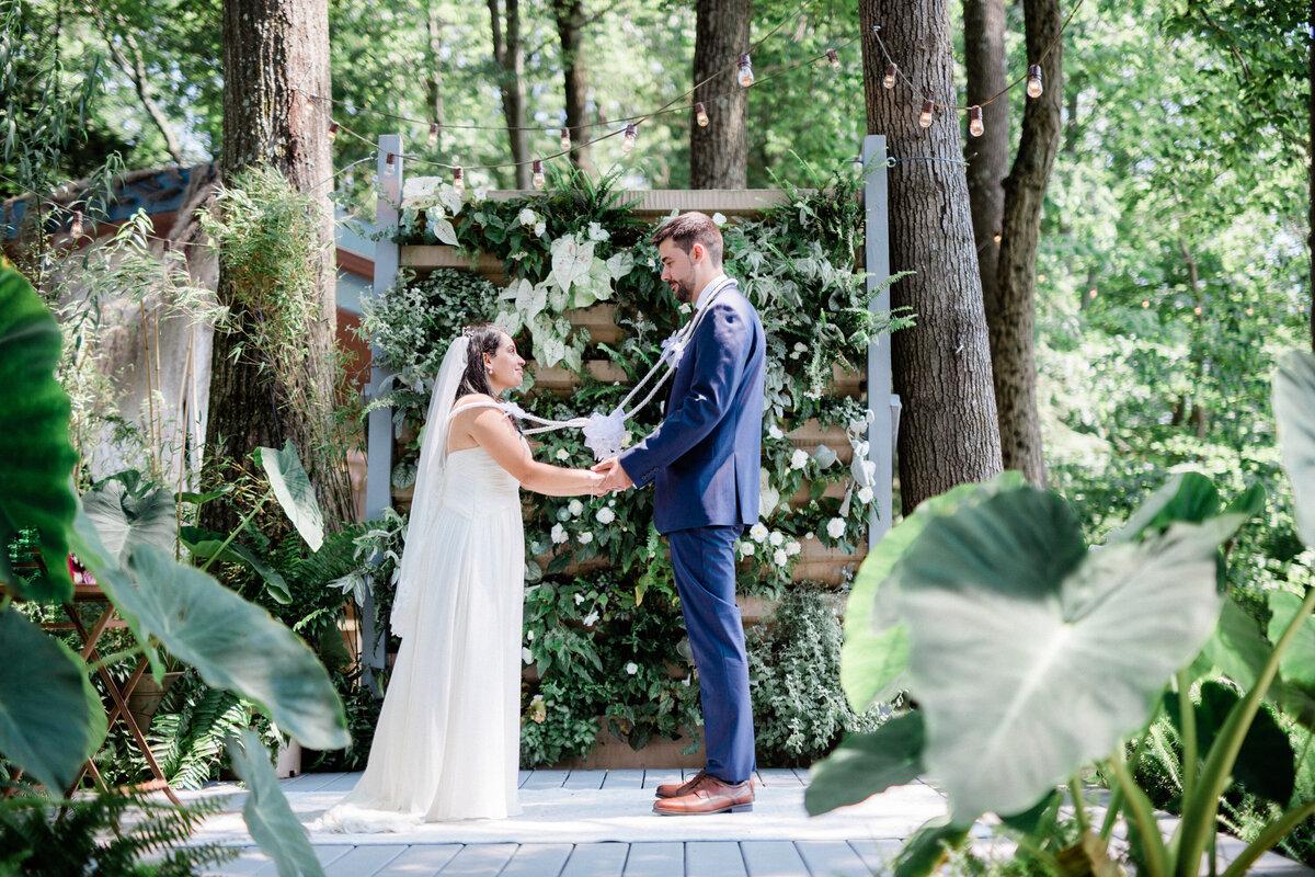 Intercultural wedding ceremony at Promise Ridge - Maria Silva Goyo Photography