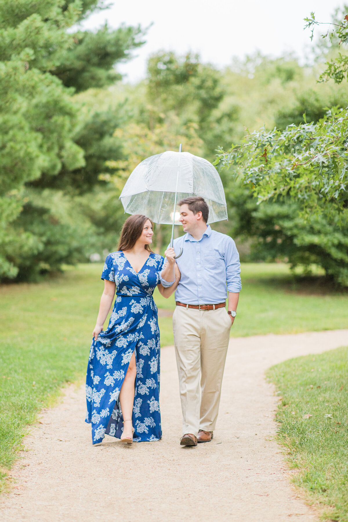 Rainy_Sayen_Gardens_Engagement_Session-27
