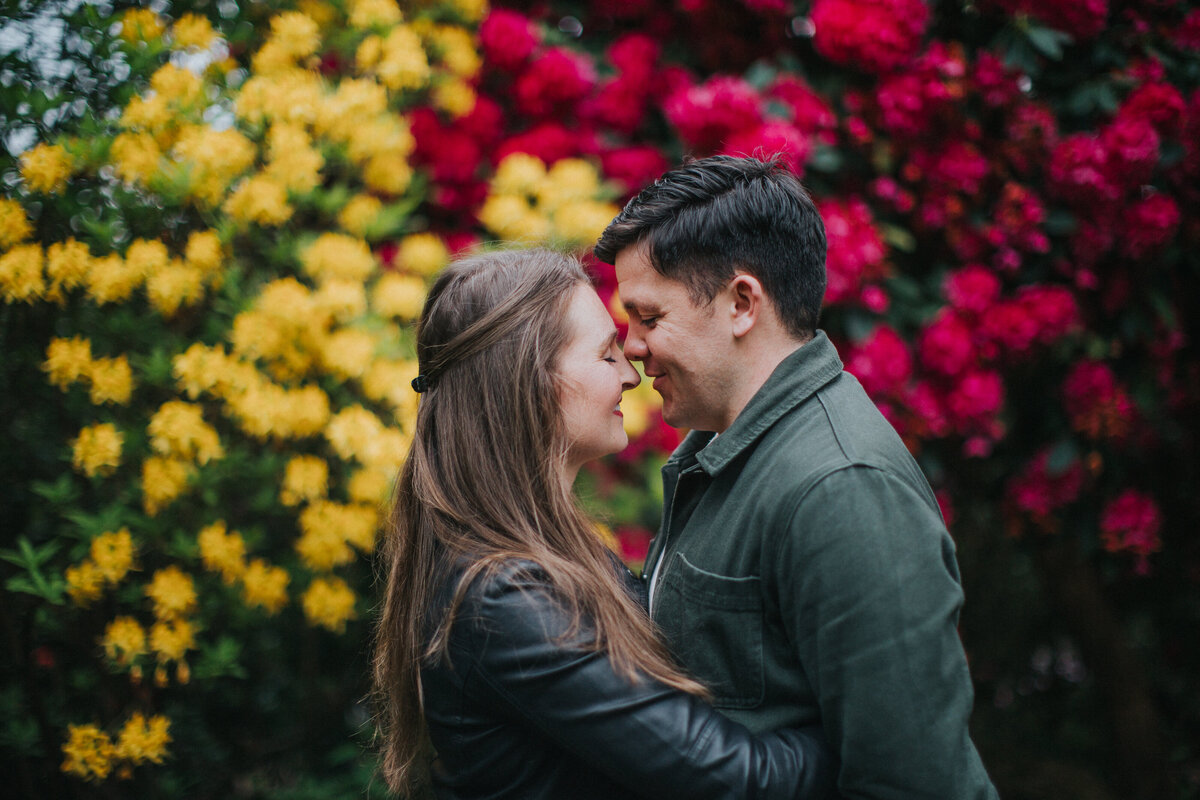 engagement shoot at Birmingham Botanical Gardens